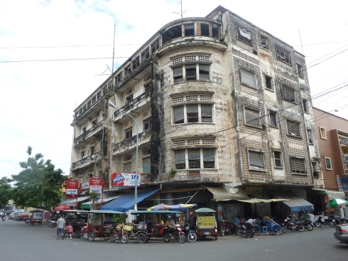 A random street corner in Phnom Penh... although not the one at which I was dropped in the rain.