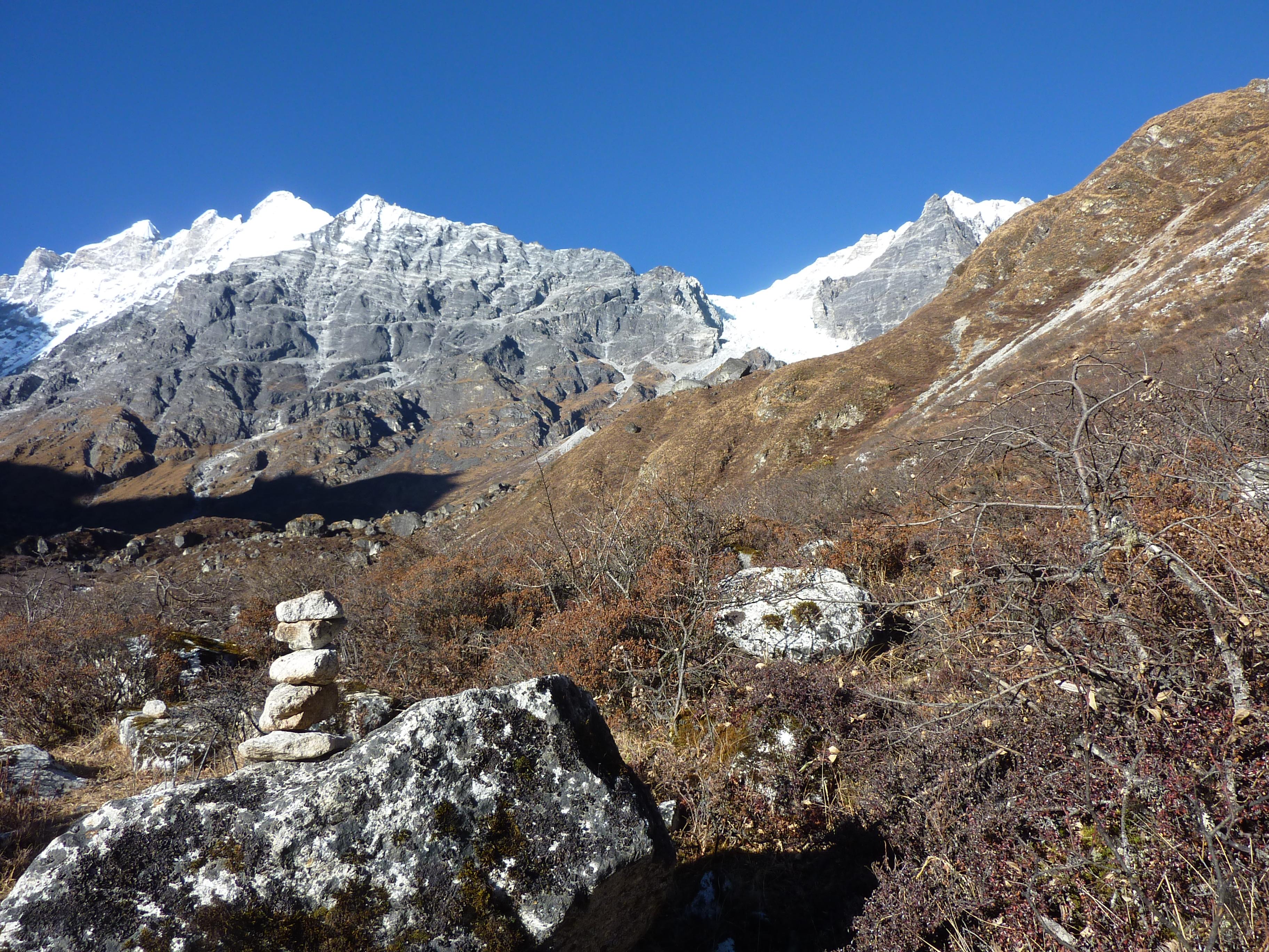 The Lirung Valley